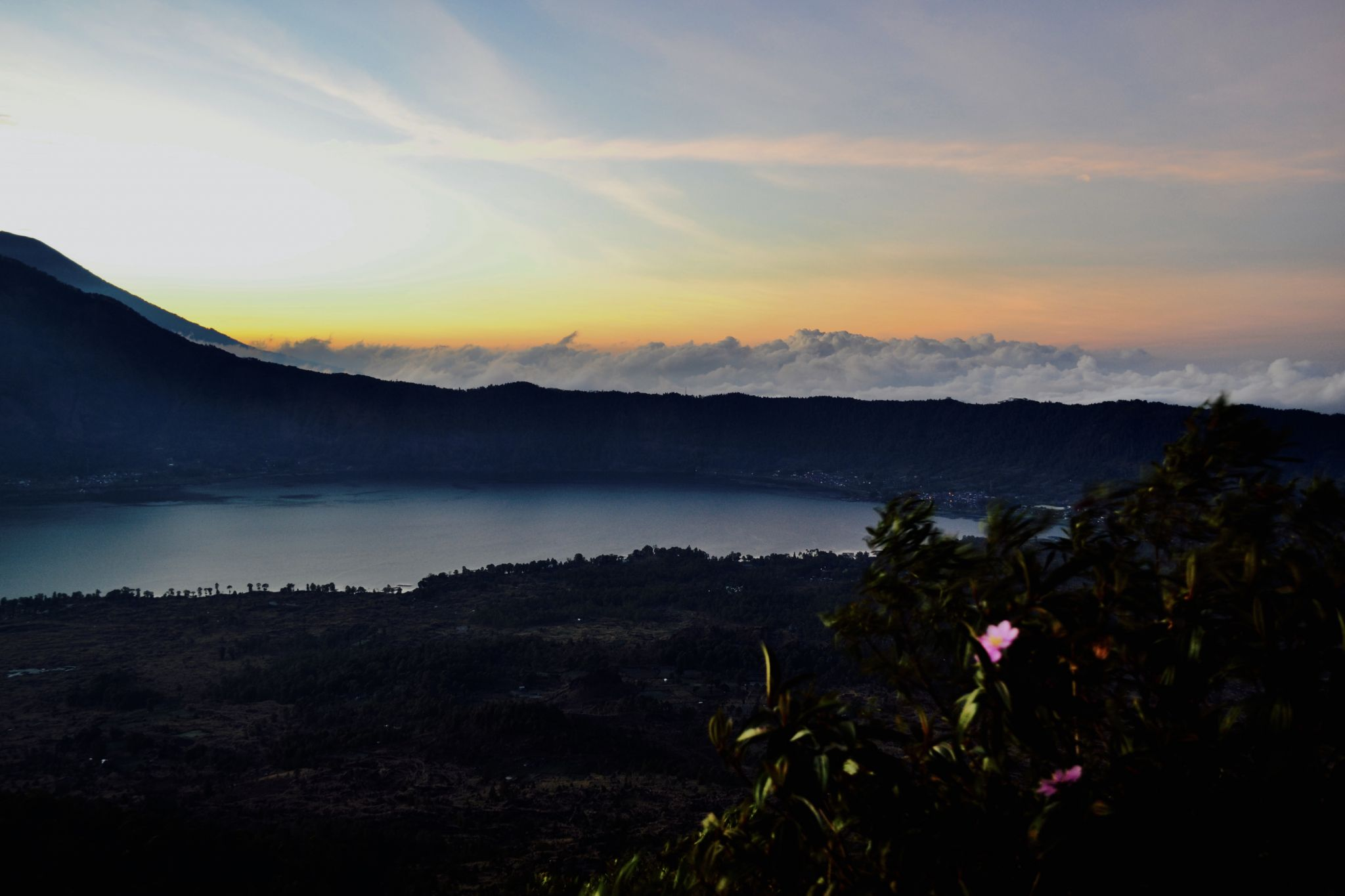 Indonesian Travel Diary – Sunrise Hike at Mt Batur.